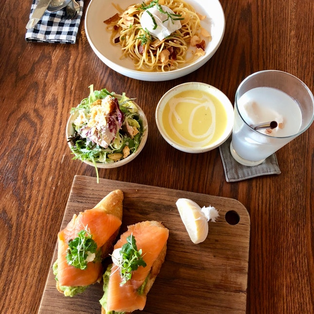Roast Cafe Lunch Set (BKK)