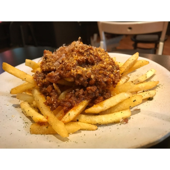 Feeka - Fries With Minced Meat