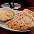 Hummus w Pita Bread
