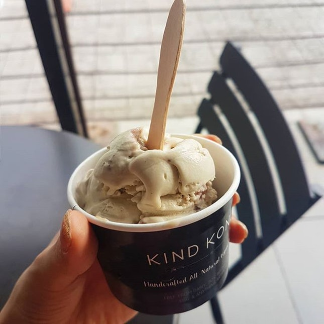 Still baffles me how this is COMPLETELY VEGAN ⁣ ⁣⁣⁣ 📌 Kind Kones, Empire Subang.⁣⁣⁣⁣ ⁣⁣⁣⁣⁣⁣ 📷 In frame: ⁣⁣⁣⁣⁣⁣ PB and J [RM11.90]⁣ ⁣⁣⁣⁣⁣⁣ ✨: Kind Kones undoubtedly has the best vegan ice cream out there.