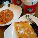 what's x'mas at @starbuckssg with0ut trying their merry treats 😄 H0ney Alm0nd Flatbread & Cranberry Apple Strudel + H0t Peppermint M0cha ☕️😍😍🌲⛄️❄️☃️🎅 .