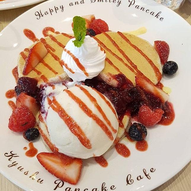 Japanese Berry-licious pancakes!