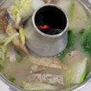 sup 😋  bc it's ph cm 🤣🤣 yummy fish head steamboat & satay from the same kopi shop 😍 #masitda .