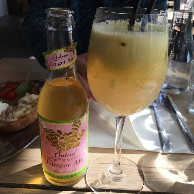 Organic Ginger Ale And Apple Orange Fruit Fresh  Juice