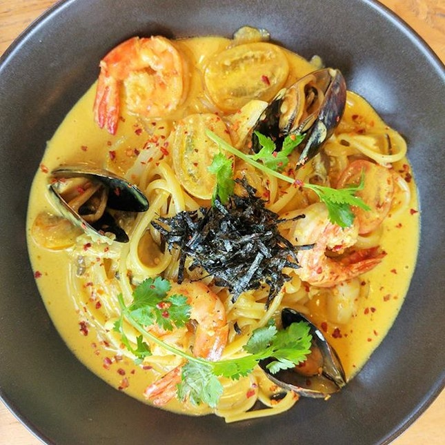 [Rise & Grind Coffee Co] - Among these three mains, our favourite is the Tom Yum Seafood Pasta.