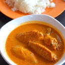 [The Original Katong Laksa] - If you need a more substantial meal, the new outlet has expanded their menu to include Curry Chicken.
