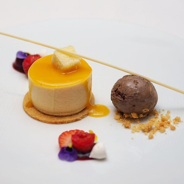 [Gordon Grill] - Mirabelle Plum Mousse Gennoise served with chocolate ice cream and berry ragout.