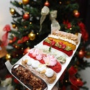 [OLLELLA] - love the yummy Christmas Eclair series that features the following flavours:- Intense Dark Chocolate- Ondeh Ondeh- Raspberry Pistachio- Yuzu Yoghurt- Hazelnut Praline- Lychee Rose- Vanilla Mascarpone