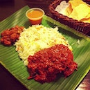 Our favourite nasi briyani for dinner! Indian food is so so yummy! #saturday #dinner #indian #food #masala #briyani