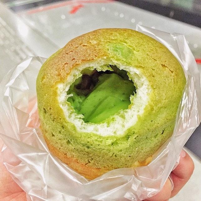 Found quite a unique bread - Matcha Latte 🍵🍞 #delishfoodlovers #foodporn #sgfood #burpple #ilovesharingfood #sgfoodporn #vscocamsg #vscocam  #whatiate  #provence