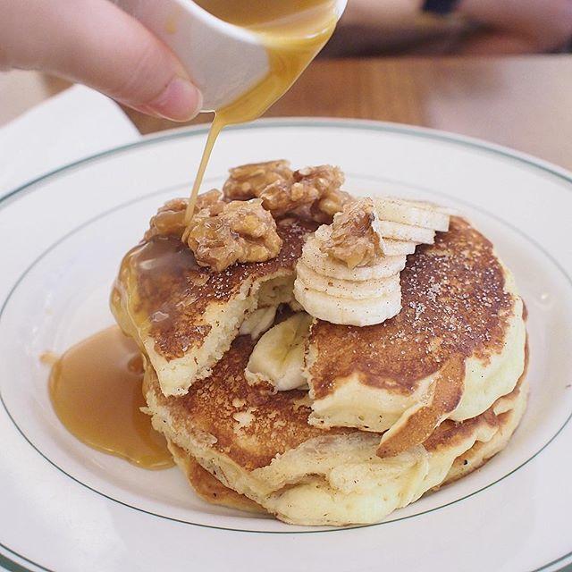 Pancakes (Banana Walnut)