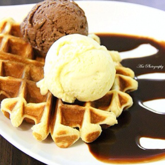 Waffle Ice Cream (Mao Shan Wang Durian Flavour)