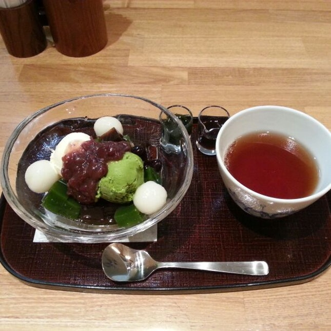 Matcha with jelly&redbean