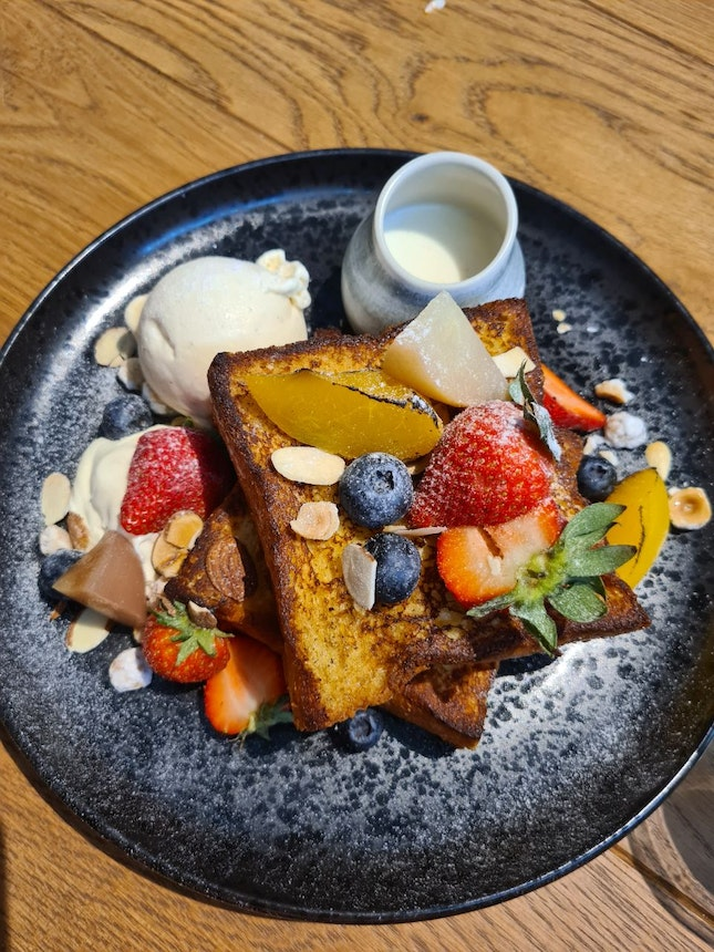 Berries French Toast