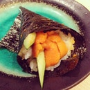 #UNI my treat this afternoon, im still thinking about it #nom #food #lunch #latergram 😱#sushi #japanese