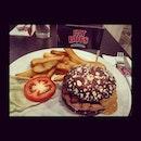 The Elvis ❤️ #throwback #foodstagram #food #burger