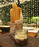 Churros con Chocolate y Café.
