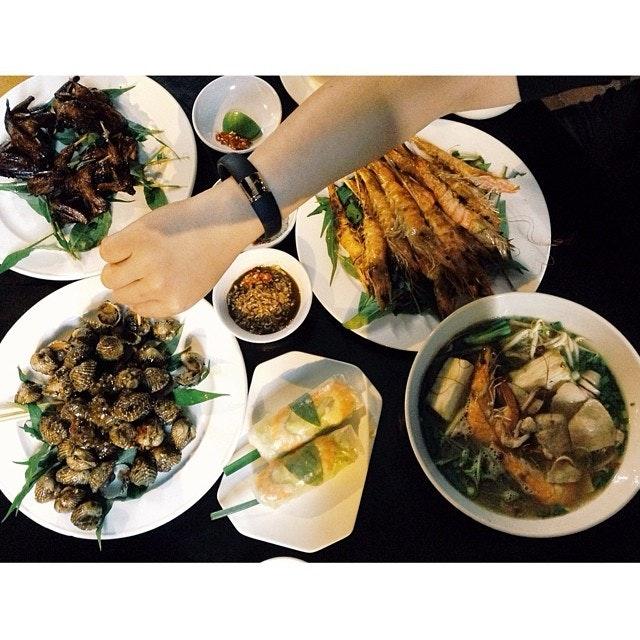 #Vietnam #food #grilled #fortheloveoffood #foodphotography #foodspotting #foodnation #foodcoma #singaporefood #sinstagram #singapore #seefood #instadaily #late