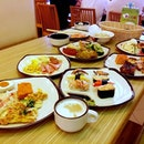 Friday is a feasting day!!