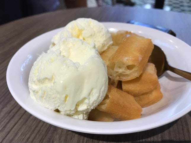 Yoo Tiao With Ice Cream