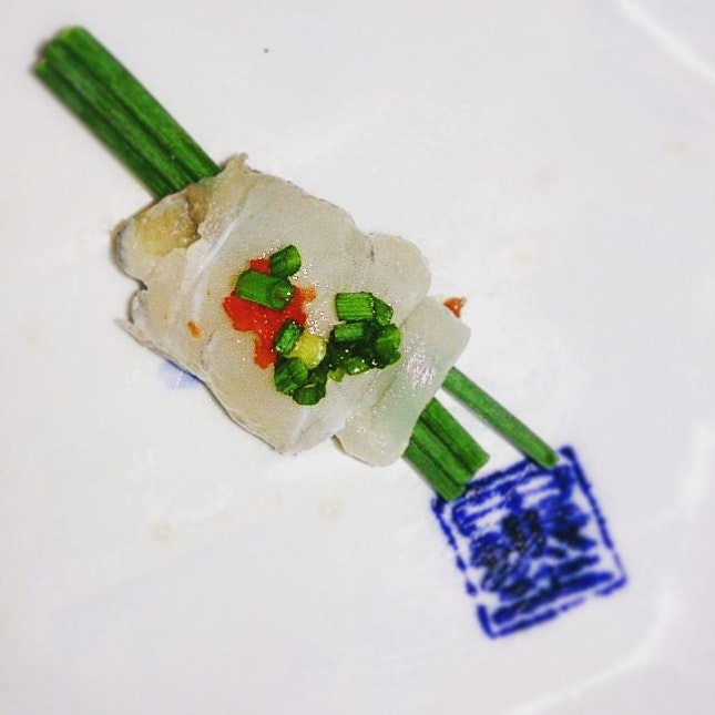 #fugu #pufferfish #sashimi #springonion #oishii #Japanese #igsg #sg #sgfoodie #instadaily #sgfoodporn #instasg #seafood #sgfoodunion #Singapore