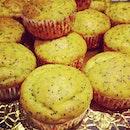 Lemon Poppyseed Cupcakes made by Godma!