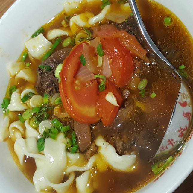 Tomato Beef Noodles