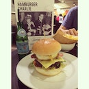Late lunch earlier 🍔🍟#whitagram #burger #fries #wagyu #beef #bacon #cheese #egg #sanpellegrino #sparklingwater #carbonatedwater #lunch #westernfood #western #food #latergram #singapore