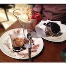 Affogato & chocolate muffin for tea 🍦☕