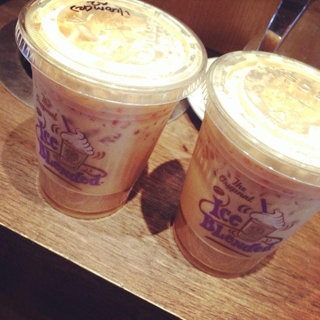 Using #buyonefreeone #coffee #caffeeinneeded #notaworkmonday #justwanttoforgeteverything #forjustoneday #goodmorning
