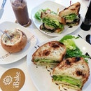 Roast Chicken, Avocado & Egg Mayo sandwich ● Seafood Chowder Pot Pie ● Teriyaki Chicken & Mushrooms sandwich || A lovely relaxing dinner aft a long day in school, eye checkup, driving and running 101 errands ard SG phew ~