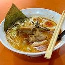 Signature Gyokai Tonkotsu Ramen Deluxe 魚介豚骨ラーメンDX
