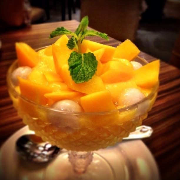 Mango Sago With Glutinous Rice Ball