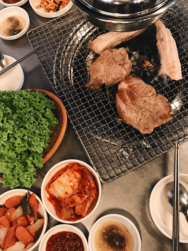 For Do-It-Yourself Charcoal Barbecue
